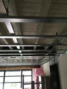 Gyproc plafond plaatsen (1)